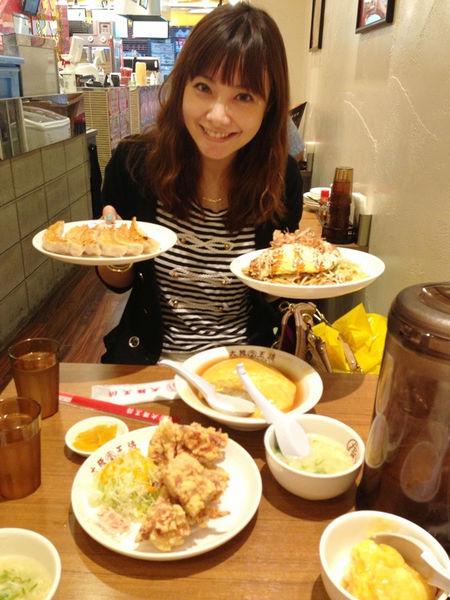 【大阪】好吃的美食通通都在道頓堀。大阪王將美味煎餃食記 @凱的日本食尚日記