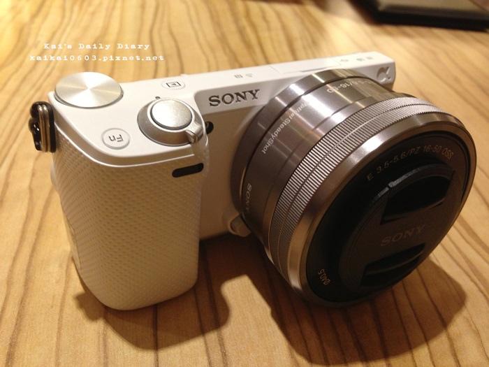 即時熱門文章:【3C】Sony NEX-5R。女孩最愛的翻轉自拍微單眼開箱文