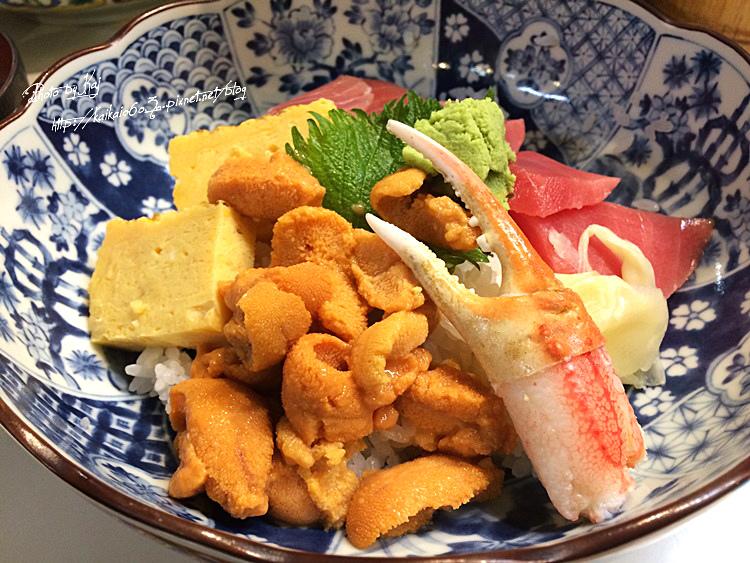 【東京】築地市場必吃豐盛早餐。まぐろ丼かんの鮮甜海膽丼爽爽吃!! @凱的日本食尚日記