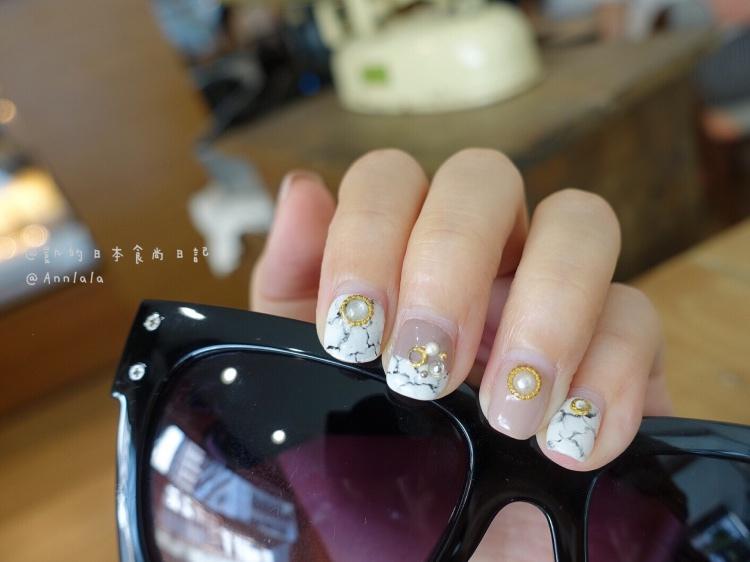 【美甲、美睫】大理石紋是我的瘋狂迷戀 ♥ 粉裸色系大理石紋凝膠指甲+6D巧克力色睫毛 @凱的日本食尚日記